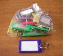 Visačka kufrová s kroužkem