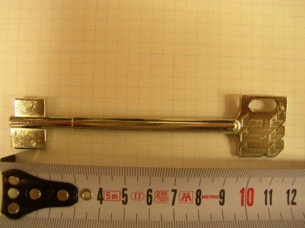 Trezorový klíč RT103