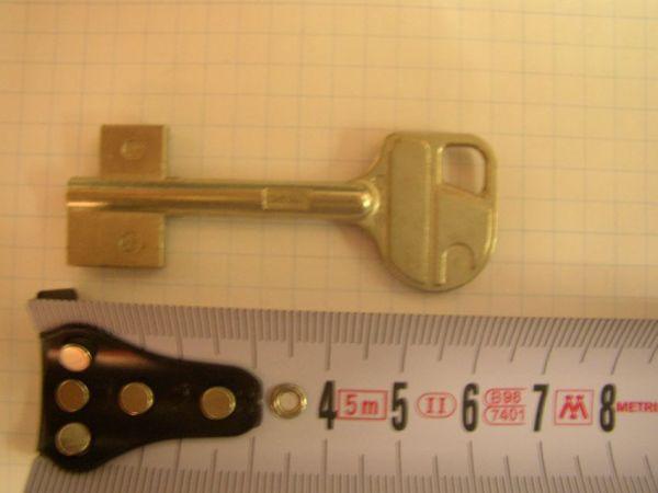 Trezorový klíč RT107